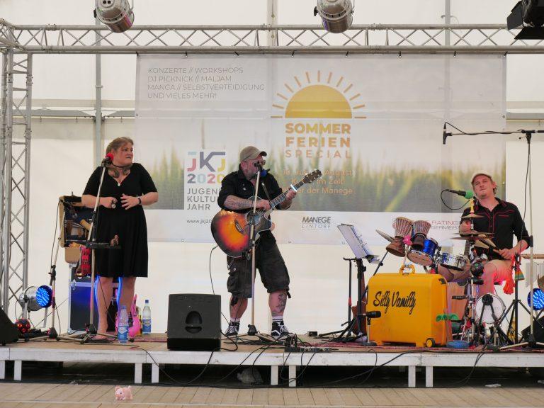 SummerTent-JKJ2021-Jugendkultursommer-SillyVanilly01