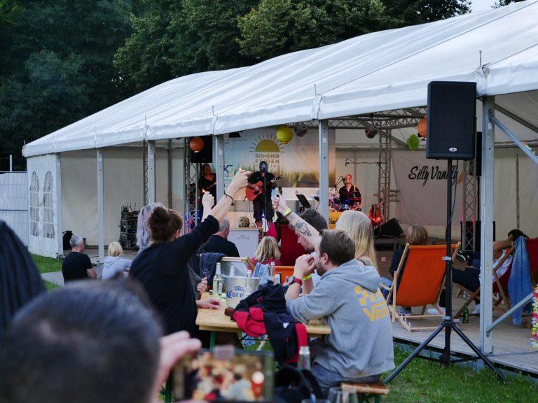 SummerTent-JKJ2021-Jugendkultursommer-SillyVanilly11