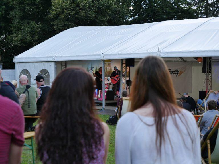 SummerTent-JKJ2021-Jugendkultursommer-SillyVanilly12