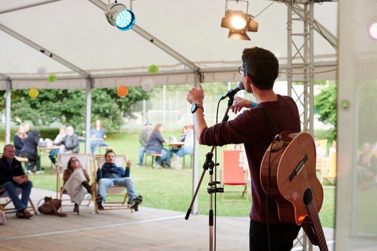 SummerTent-JKJ2021-Jugendkultursommer-Akustikabend-Bild03